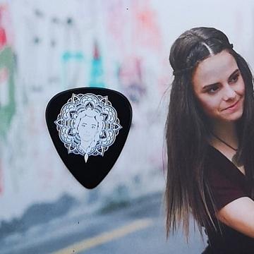 Picture of Guitar pick- mandala